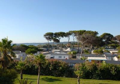 Hyères-les-Palmiers - DOMAINE RESIDENTIEL DE PLEIN AIR EUROSURF - Mobil-home 3 pièces 4-6 personnes pour 385.00€