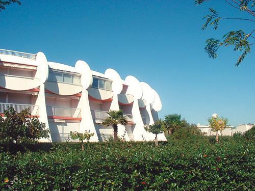 La Grande-Motte - LES RESIDENCES GRANDE MOTTE - Studio cabine 2-4 personnes pour 166.00€