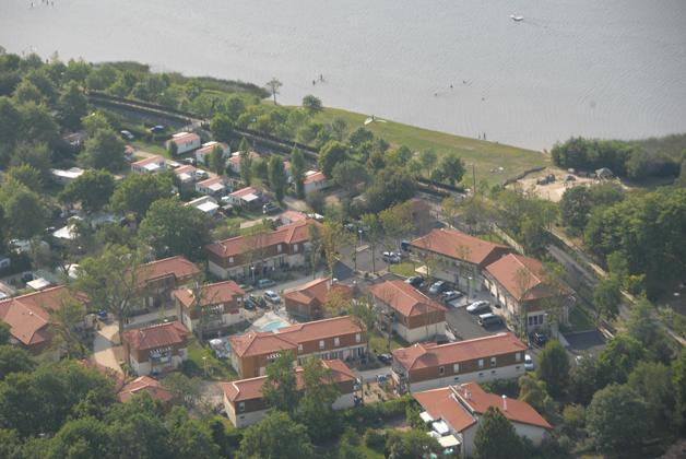 Résidence Lagrange les Terrasses du Lac - Aureilhan - Extérieur été