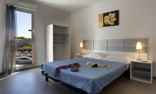 Résidence le Fonsérane - Béziers - Lit double