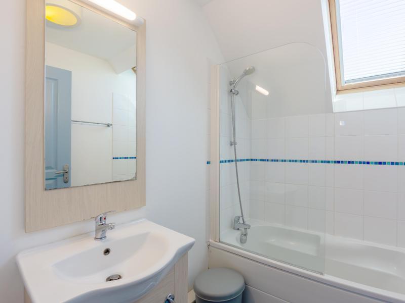 Appartement 2 pièces cabine 5 personnes - Résidence les Terrasses de Pentrez Plage - Pentrez Plage - Salle de bains