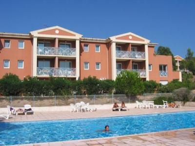 Rental Le Domaine des Grands Pins sea